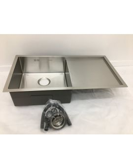 Undermount orTop mount  sink with drainer
